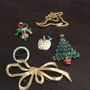 Odds and ends of Christmas pins